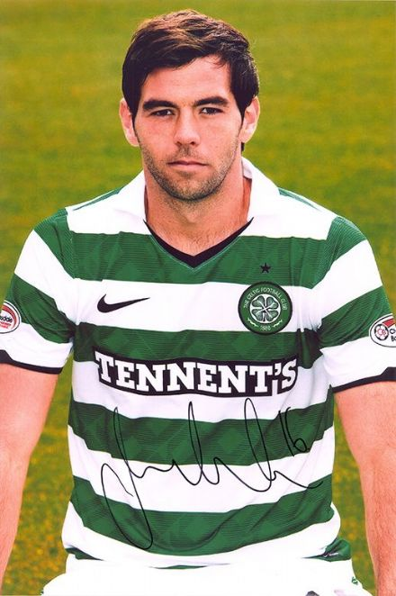 Joe Ledley, Glasgow Celtic & Wales, signed 12x8 inch photo.